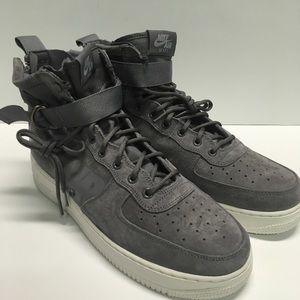 Nike SF Air Force 1 Mid Men Wolf Grey sneakers NWT